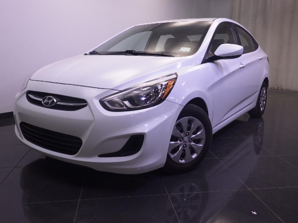 2015 Hyundai Accent - 1240023356