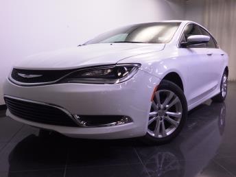 2016 Chrysler 200 - 1240023625