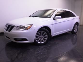 2013 Chrysler 200 - 1240024621