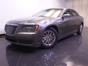 2011 Chrysler 300 - 1240024633
