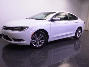 2016 Chrysler 200 - 1240024857