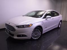 2014 Ford Fusion Energi Plug-In Hybrid SE Luxury