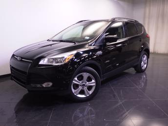 2016 Ford Escape SE - 1240026909