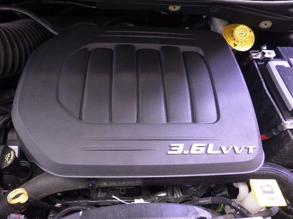 2016 Dodge Grand Caravan SXT - 1240027489