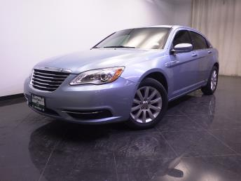 2013 Chrysler 200 Touring - 1240027715