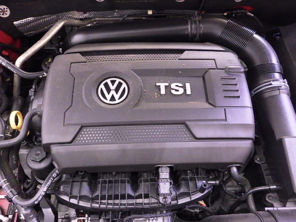 2015 Volkswagen Jetta 1.8T SE - 1240027848