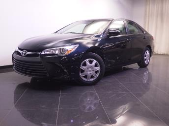 2015 Toyota Camry LE - 1240028005