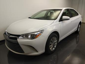 2016 Toyota Camry LE - 1240028564