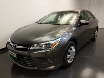 2016 Toyota Camry LE - 1240028565