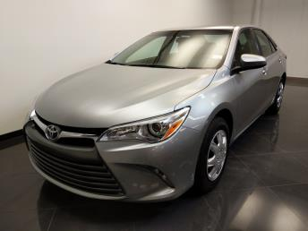 2016 Toyota Camry LE - 1240028752
