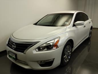 2014 Nissan Altima 2.5 - 1240028786
