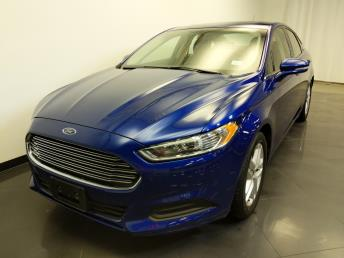 2016 Ford Fusion SE - 1240028843