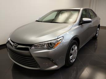 2016 Toyota Camry LE - 1240028858