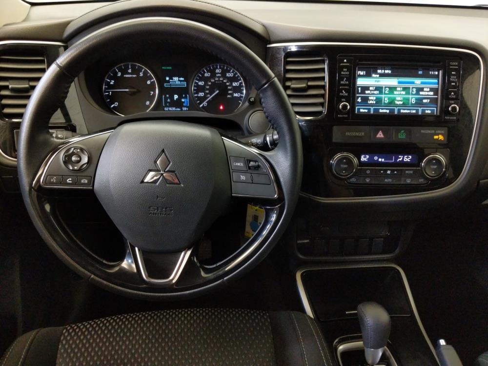 2017 Mitsubishi Outlander ES - 1240030273