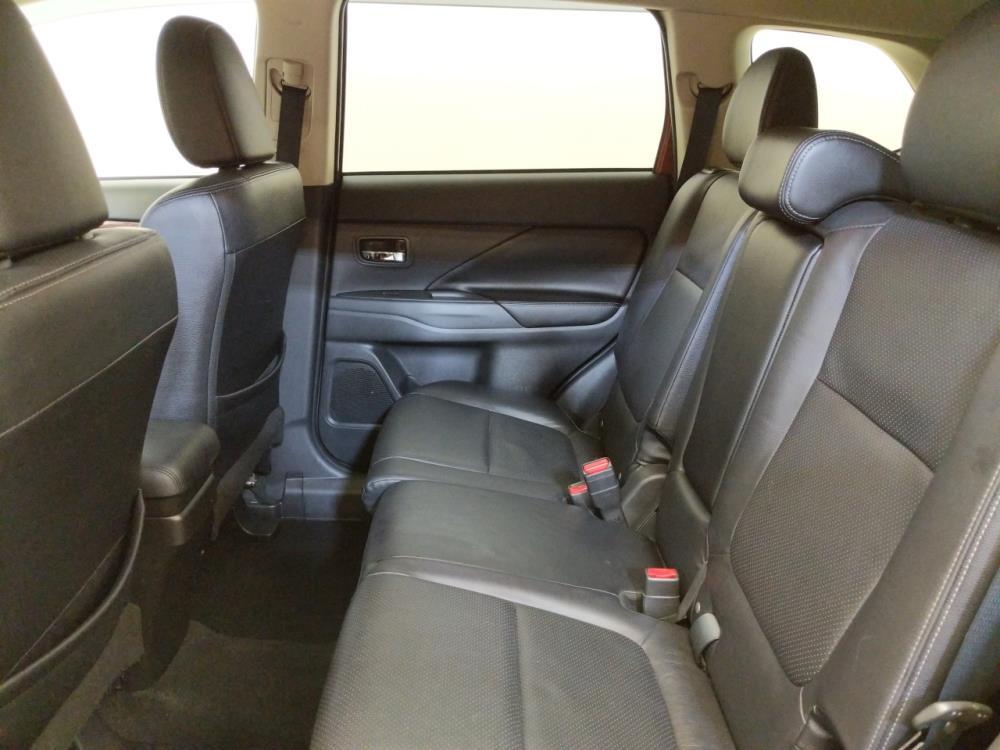 2014 Mitsubishi Outlander SE - 1240030489