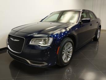 2017 Chrysler 300 300 Limited - 1240030641