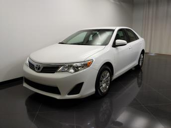 2013 Toyota Camry LE - 1240031704