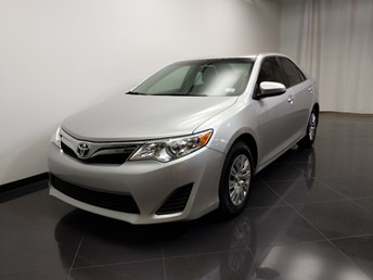 2014 Toyota Camry LE - 1240031820