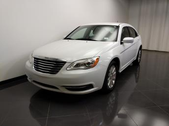 2013 Chrysler 200 Touring - 1240031880