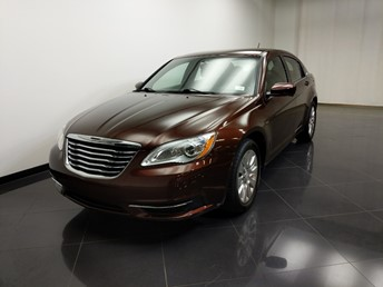 2013 Chrysler 200 LX - 1240032389