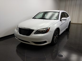 2014 Chrysler 200 Touring - 1240032529