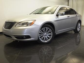 2012 Chrysler 200 - 1310012310