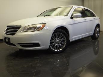 2012 Chrysler 200 - 1310013353