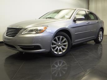 2013 Chrysler 200 - 1310013585
