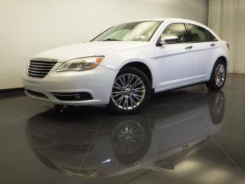 2012 Chrysler 200 - 1310013758