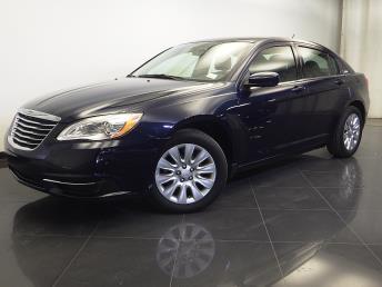 2013 Chrysler 200 - 1310013777