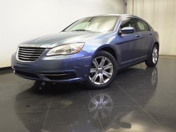 2011 Chrysler 200 - 1310013805
