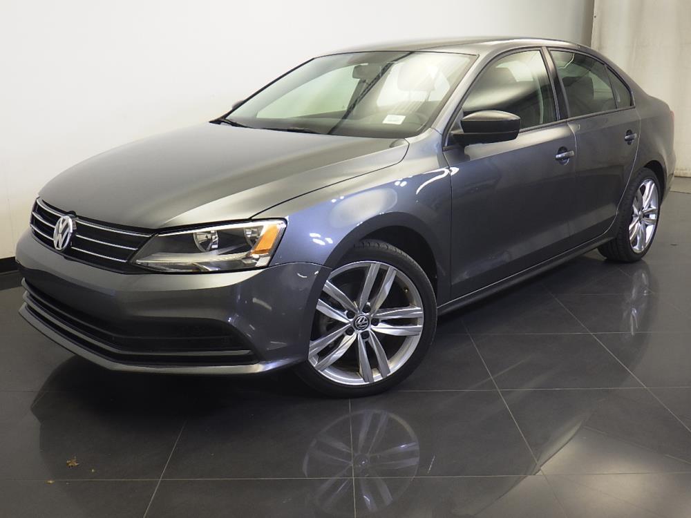 2016 Volkswagen Jetta - 1310015191