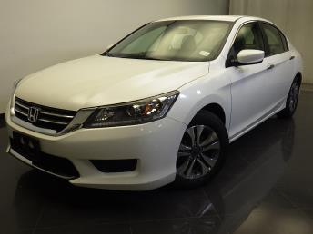 2015 Honda Accord - 1310015764