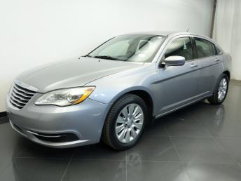 2014 Chrysler 200 LX - 1310017049