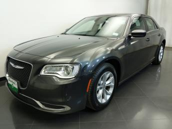 2015 Chrysler 300 300 Limited - 1310017685