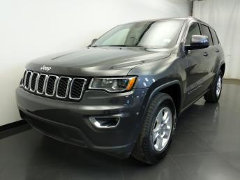 2017 Jeep Grand Cherokee Laredo - 1310017823