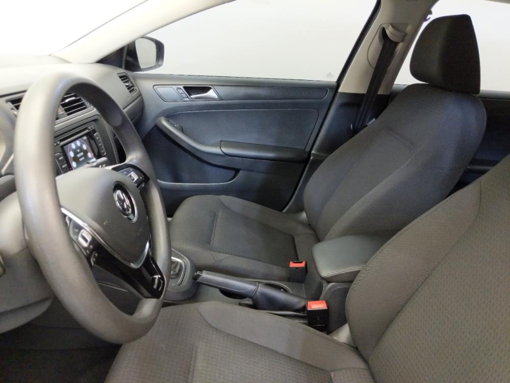 2015 Volkswagen Jetta 2.0L S - 1310019140
