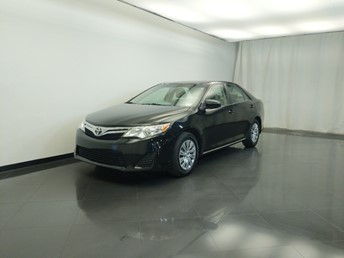 2014 Toyota Camry LE - 1310019425