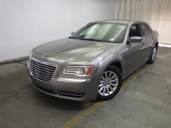 2014 Chrysler 300 - 1320011803