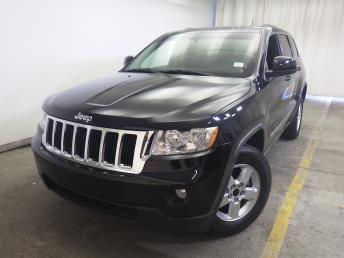 2011 Jeep Grand Cherokee Laredo - 1320012040