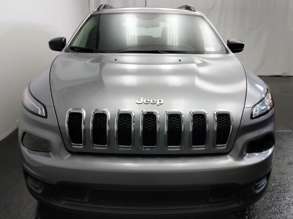 2016 Jeep Cherokee Sport - 1320012758