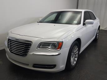 2013 Chrysler 300 300 - 1320013135