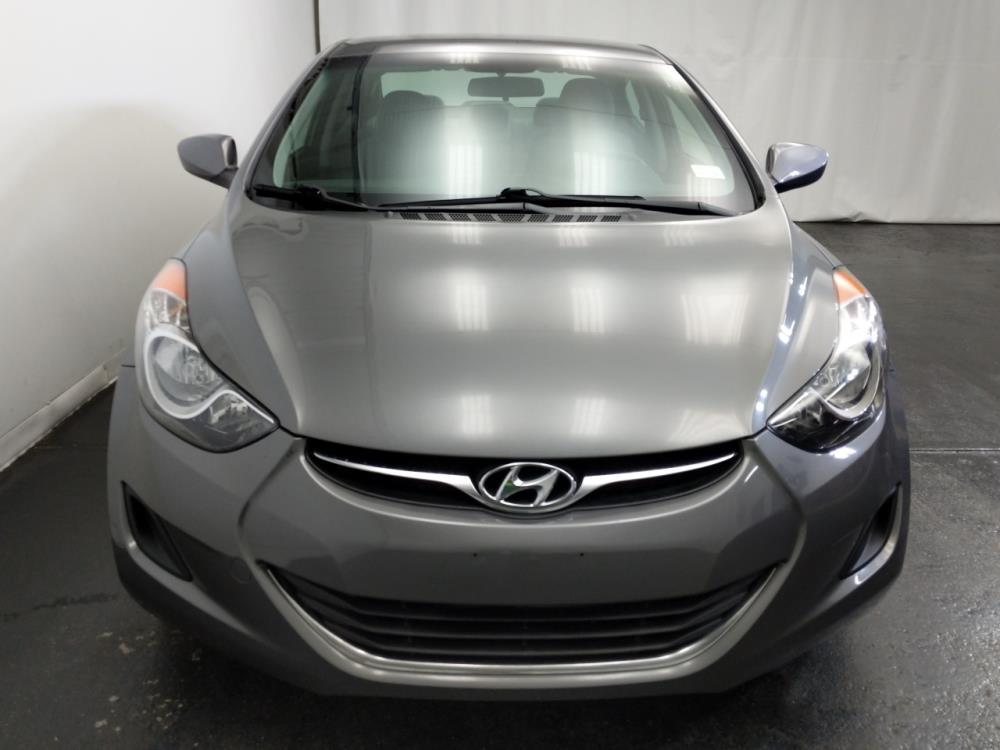 2013 Hyundai Elantra GLS - 1320013176