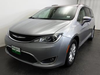 2017 Chrysler Pacifica Touring-L - 1320013536