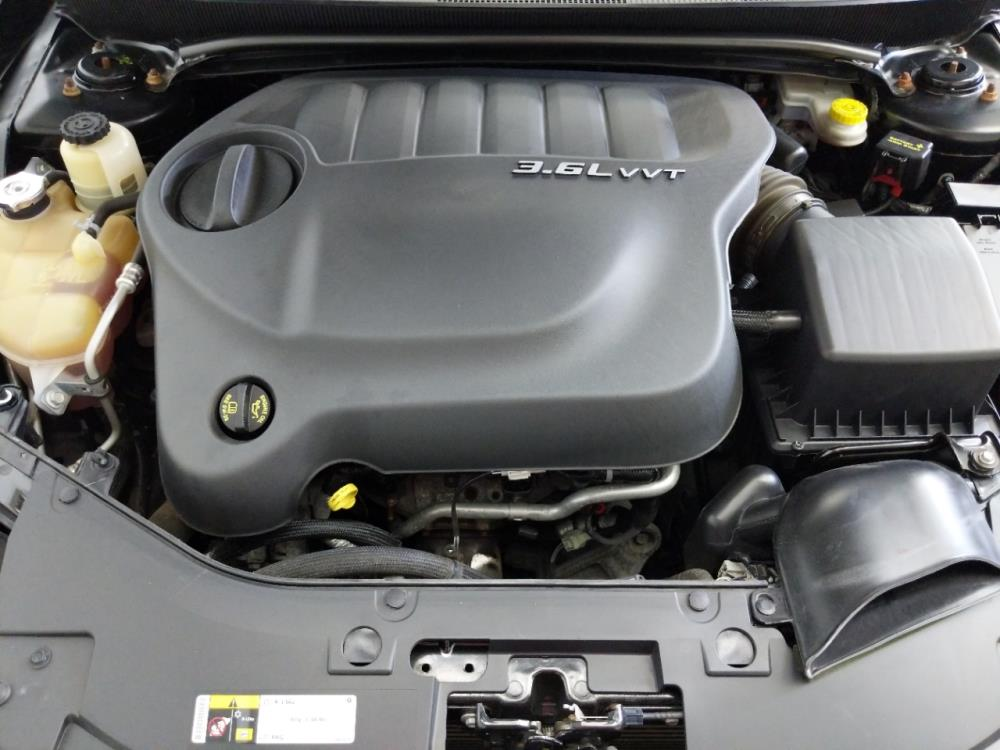 2014 Chrysler 200 Limited - 1320014135