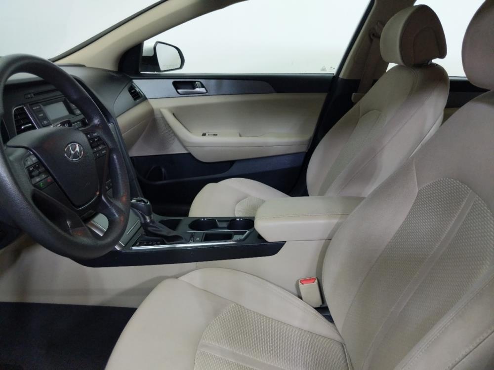 2015 Hyundai Sonata SE - 1320014155
