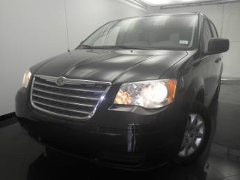 2010 Chrysler Town and Country - 1330026380