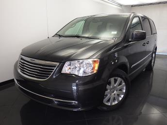 2012 Chrysler Town and Country - 1330029911