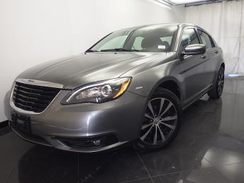 2013 Chrysler 200 - 1330030339