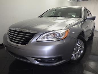 2013 Chrysler 200 - 1330033005